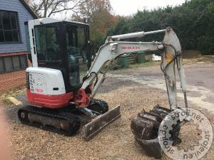 mini bageri takeuchi tb 23rx